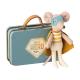 Souris super héros avec sa valise Maileg